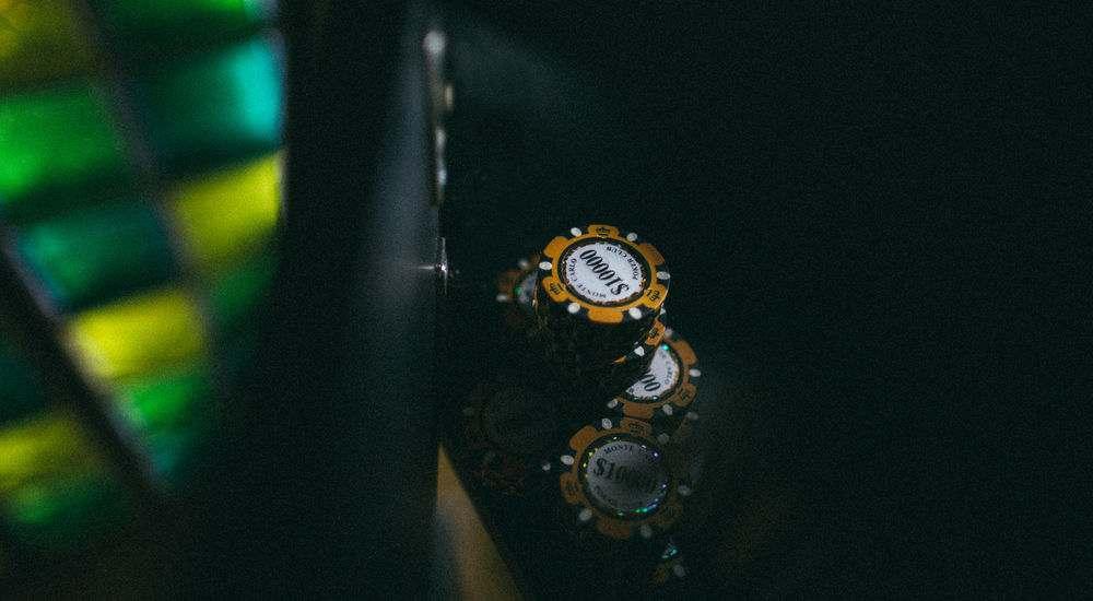 Квест Карты, деньги, два стола в Москве фото 0
