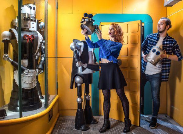 Квест Фабрика роботов в Москве